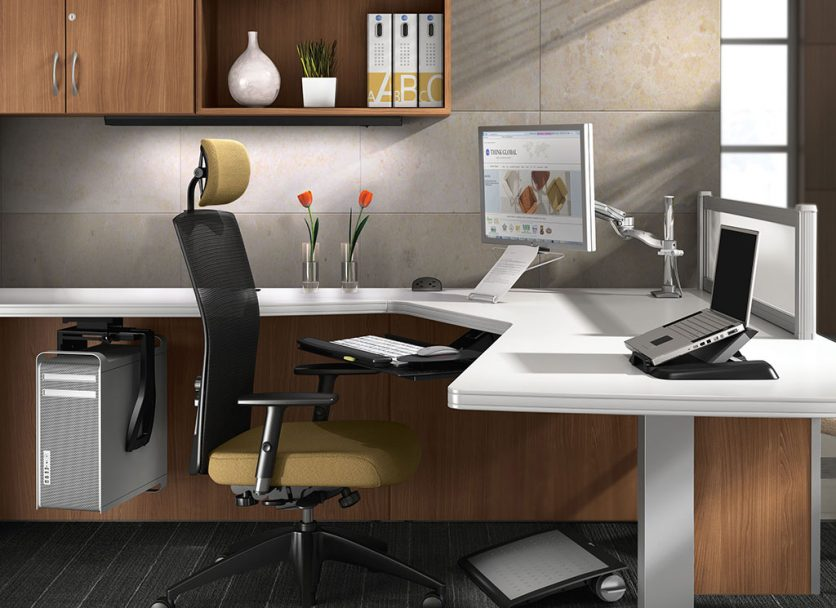4 Ways to Declutter Your Workspace